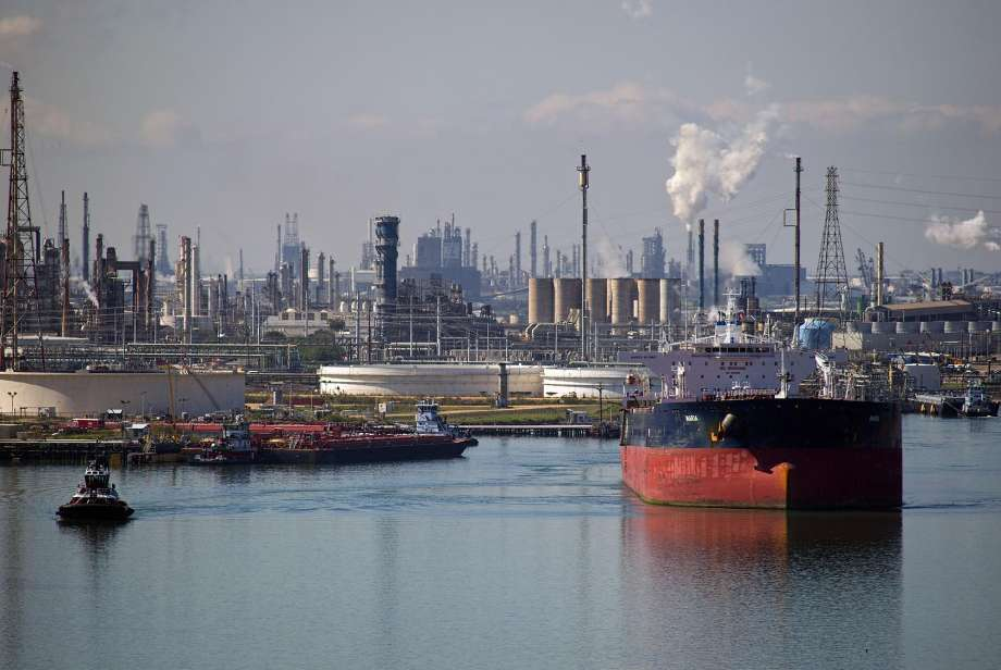 DOWNSTREAM( OIL TANKERS, REFINERS, RETAILER AND CONSUMER) BUSINESS PLAN IN NIGERIA